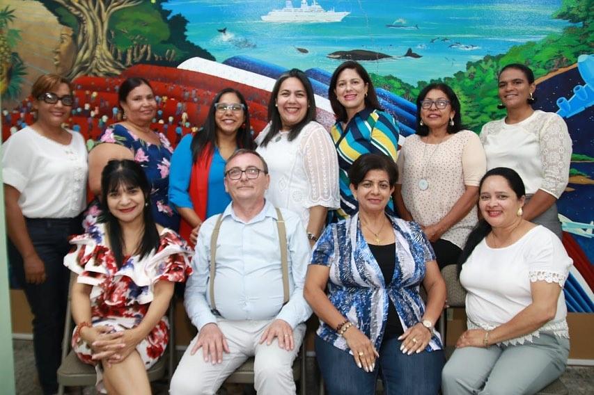 Reúnen Consejo de la Mujer en Hermanas Mirabal Juramentan Alcaldesa Mercedes Ortiz