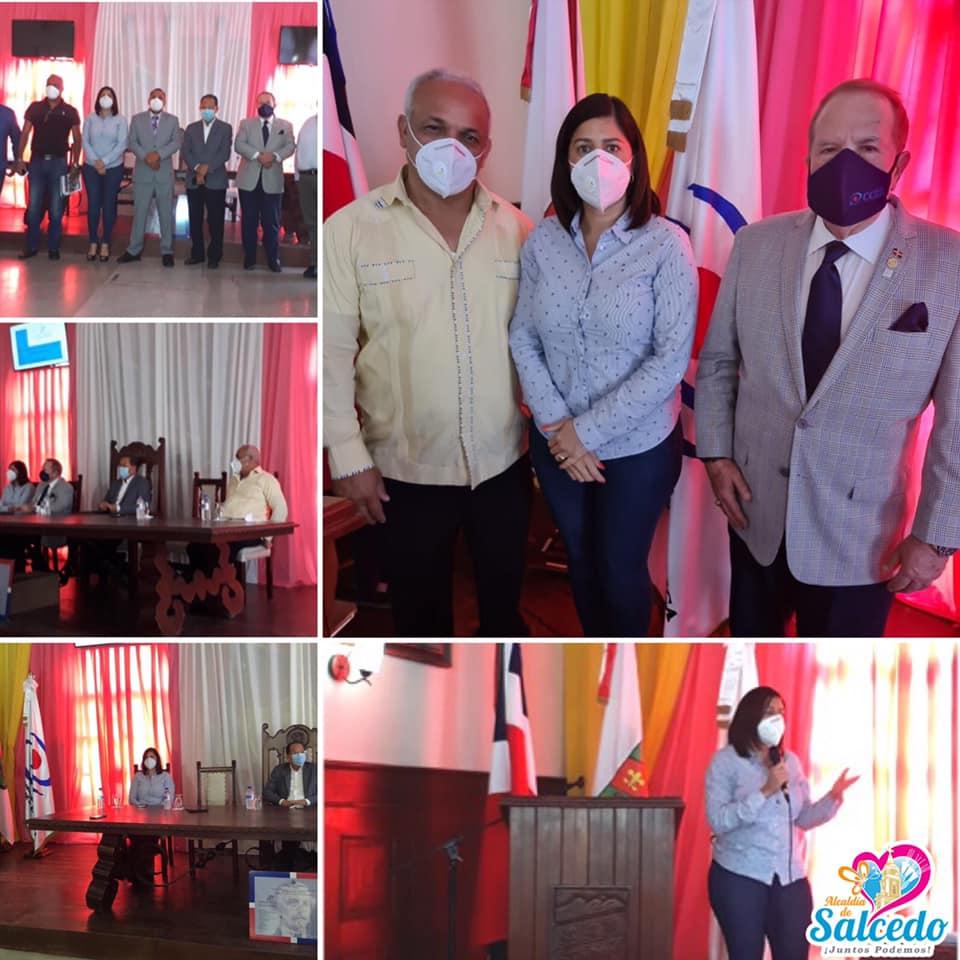 La Presidenta de FEDOMU región nordeste y Alcaldesa de Salcedo participa del taller de rendición de cuentas y transparencia impartido por el director de la cámara de cuentas.